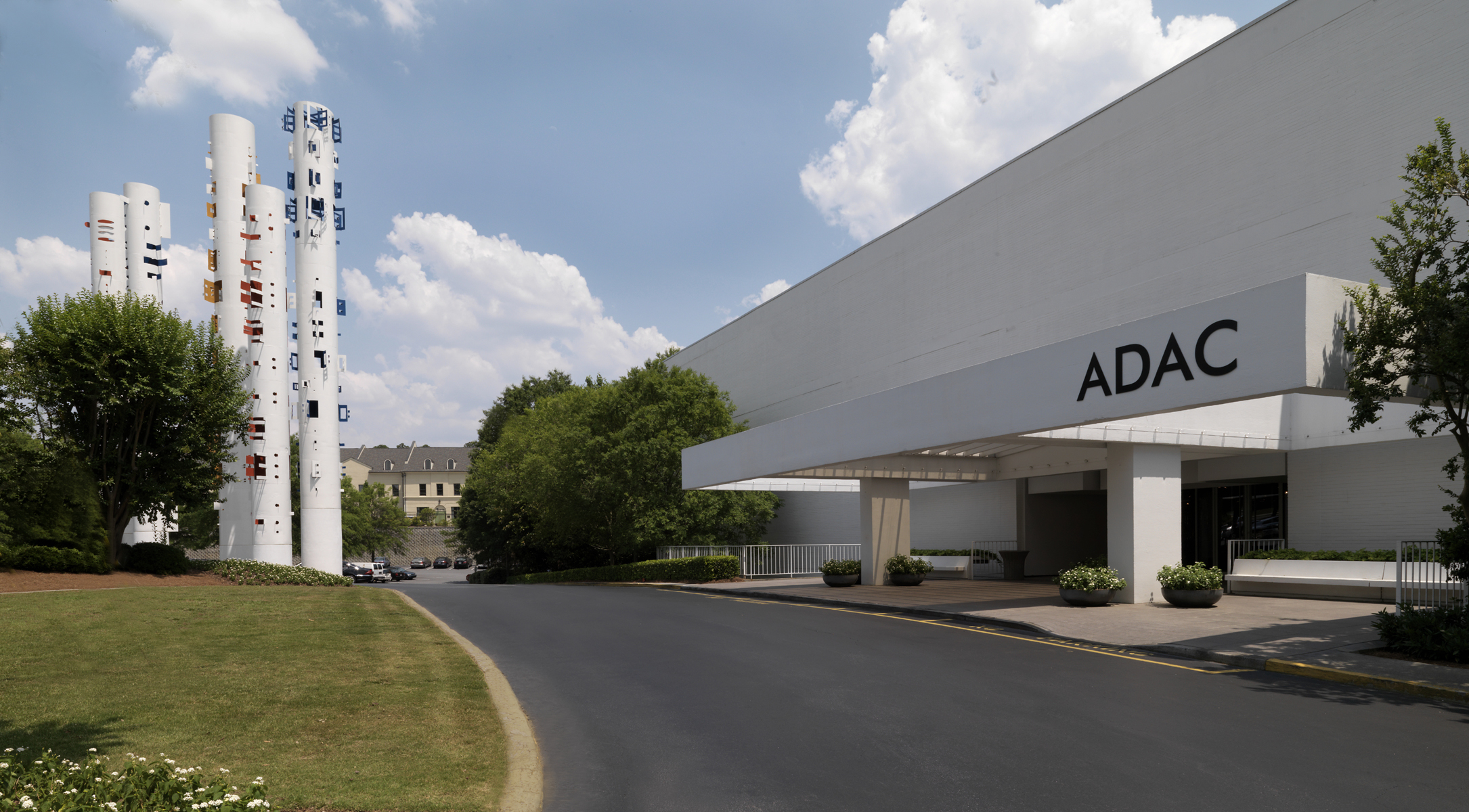 After 50 years to the trade, ADAC opens doors to consumers