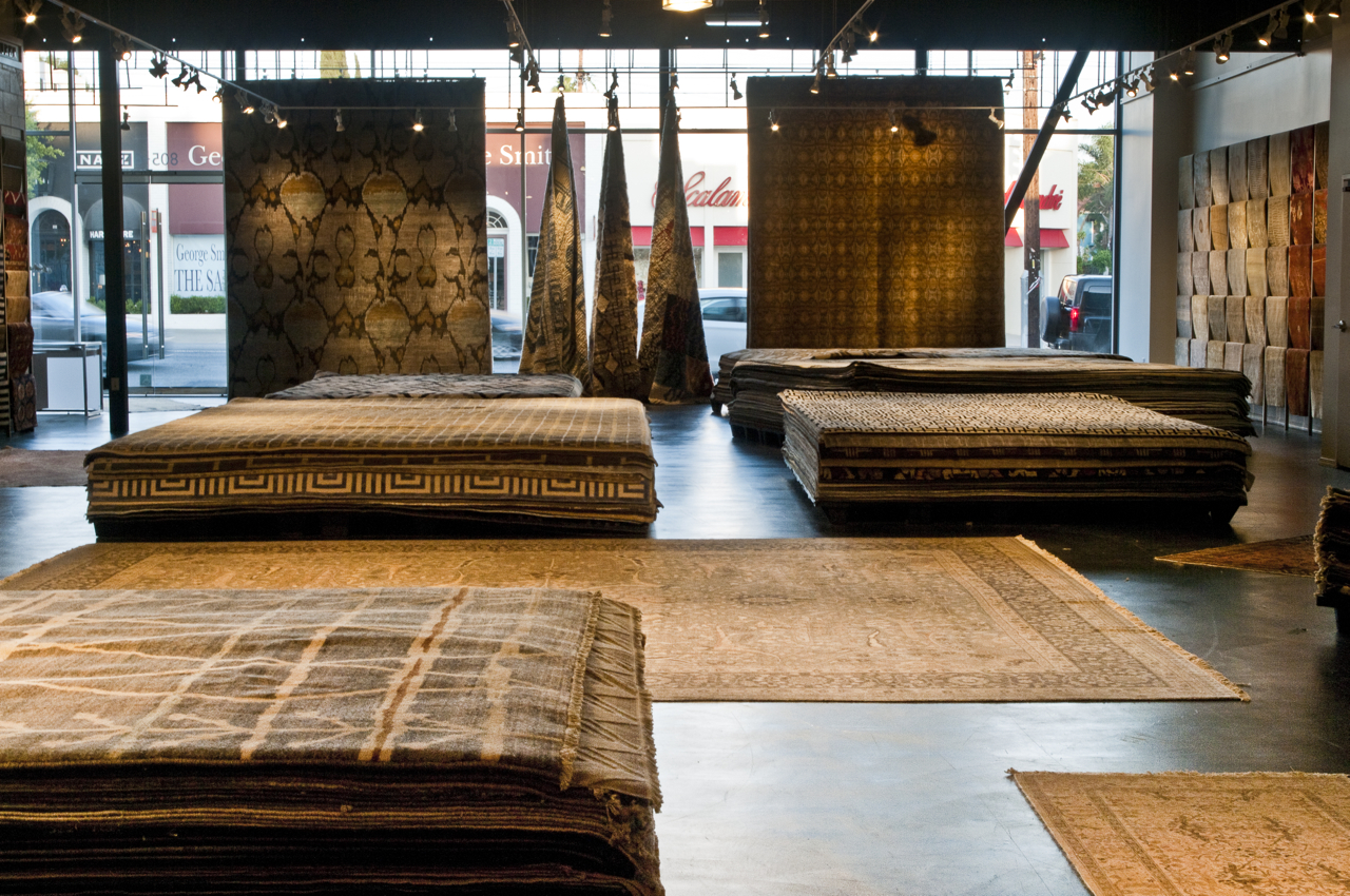 ... Ralph Lauren Home Sheldon Lakehouse Red Rug. Starku0027s New La  Showroom Features Retail Division