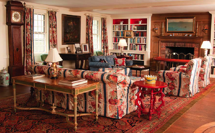 Dominick Dunne furniture, antiques to be auctioned in NY