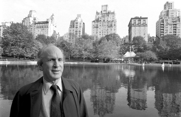Architecture critic Henry Hope Reed dies at 97
