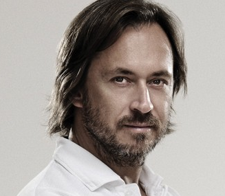 Marc Newson receives Lucky Strike Designer Award