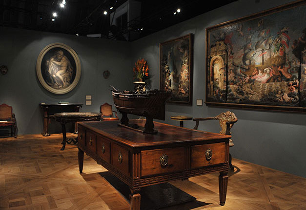 Star Studded Committee Heads La Antiques Art Design Show
